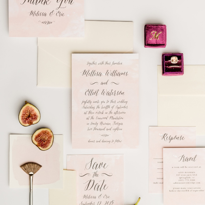A classic bridal color scheme is always a good choice when it comes to wedding invitations!