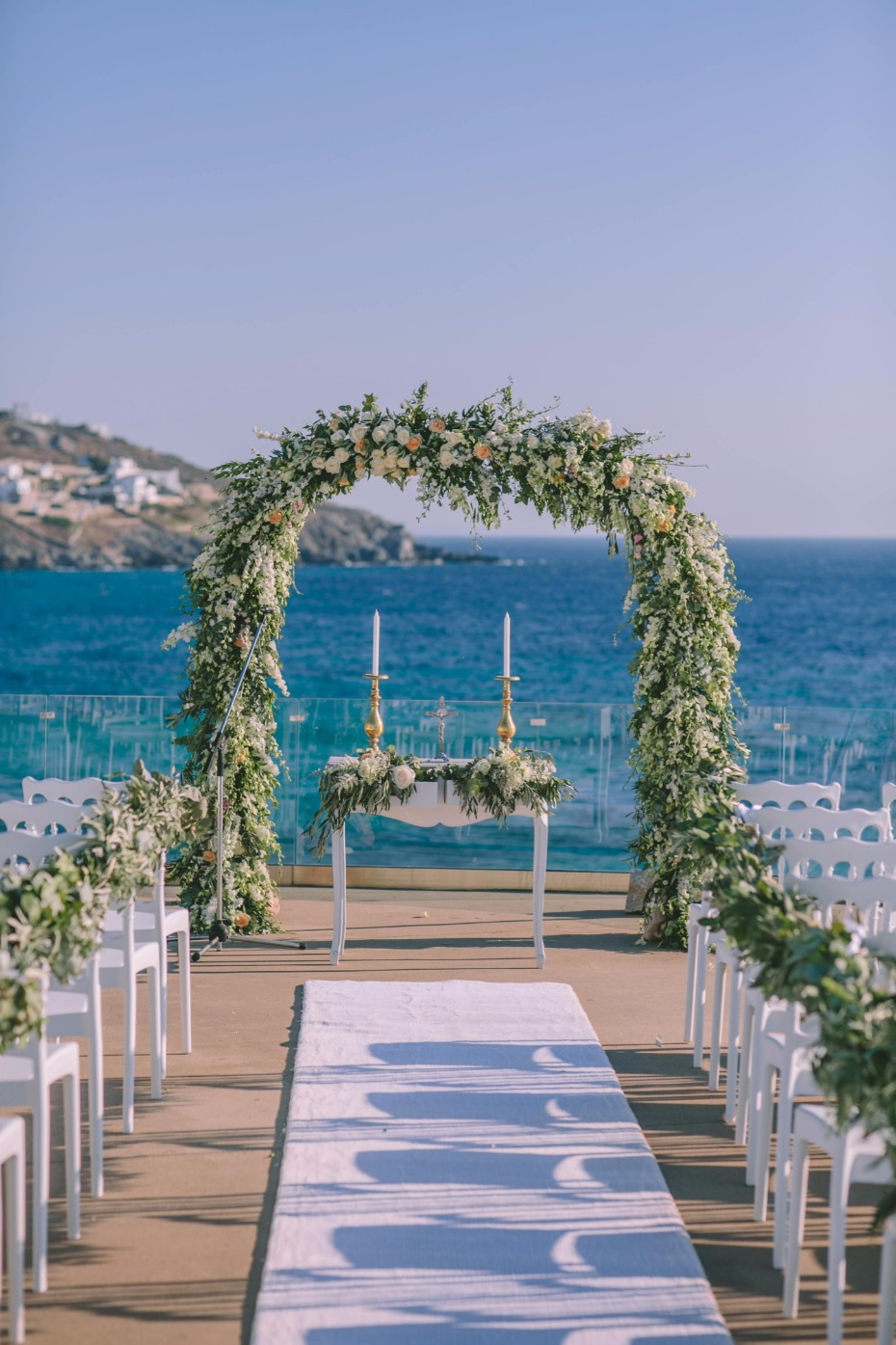 glamorous white and greenery wedding in Greece