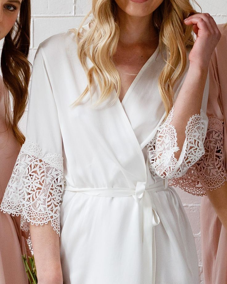 Details! Our 'Mia Silk Robe' in white, the perfect robe for the bride to be!💗LR xx