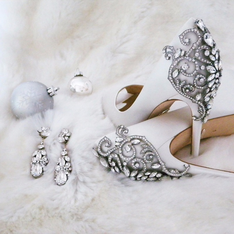 Hello Gorgeous! Get your glam on with fabulous jewelry, shoes & accessories for weddings, new year's or any grand occasion.