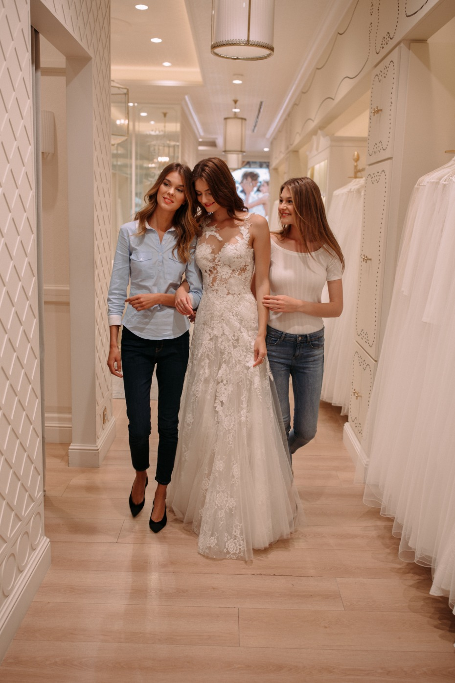 Pronovias Approves Of The BFF Shopping Experience
