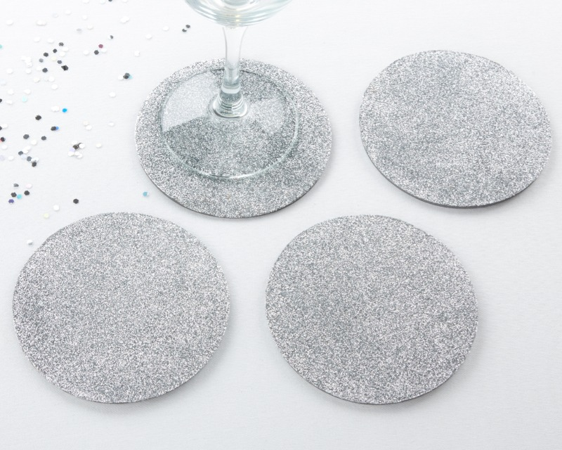 💙 Simple, versatile, and undeniably glam, Silver Glitter Coasters add just that special touch to all your winter event tables!
