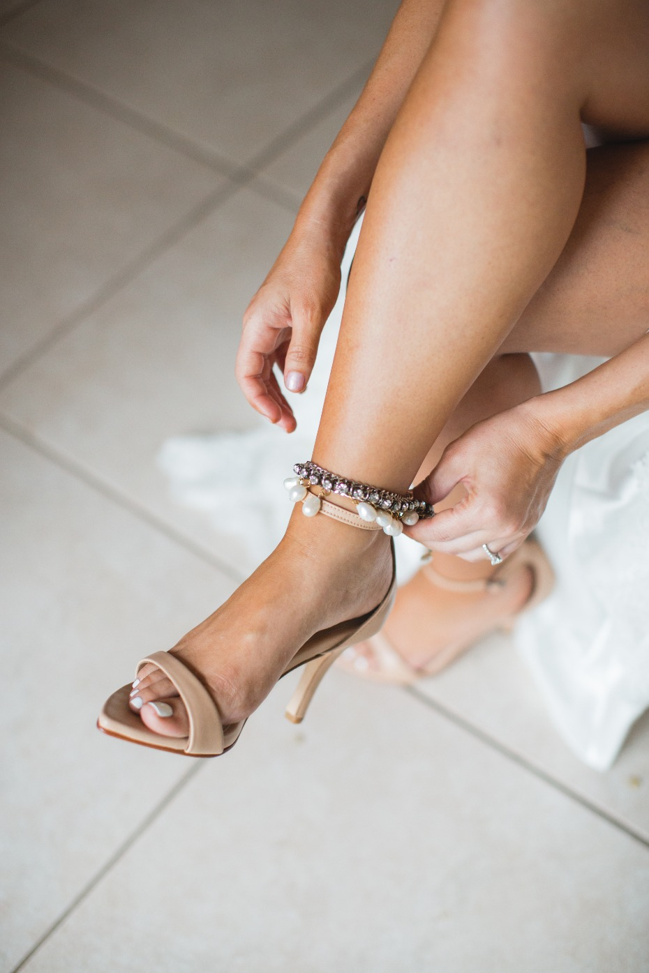 Nude heels with anklets