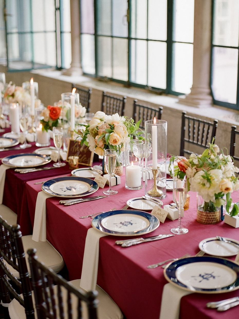 burgundy navy and gold wedding tablescape