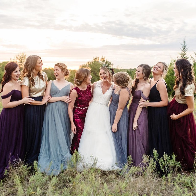 Complimentary colors for the most beautiful bridesmaids.
