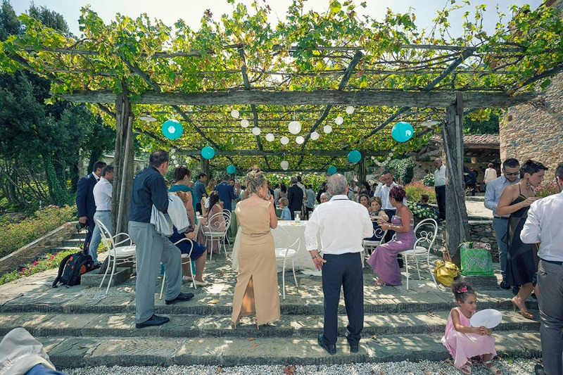 A romantic wedding full of life & happiness at Valle Di Badia 💙 A fantastic wedding location to celebrate the start of your new
