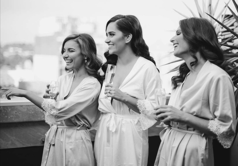 We are so lucky to have some of the most beautiful customers wear our robes ✨ How gorgeous does Le Rose Bride Simone and her Bridesmaids