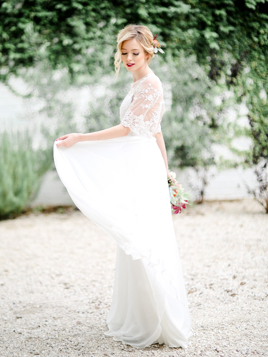 Saint Isabel wedding dress