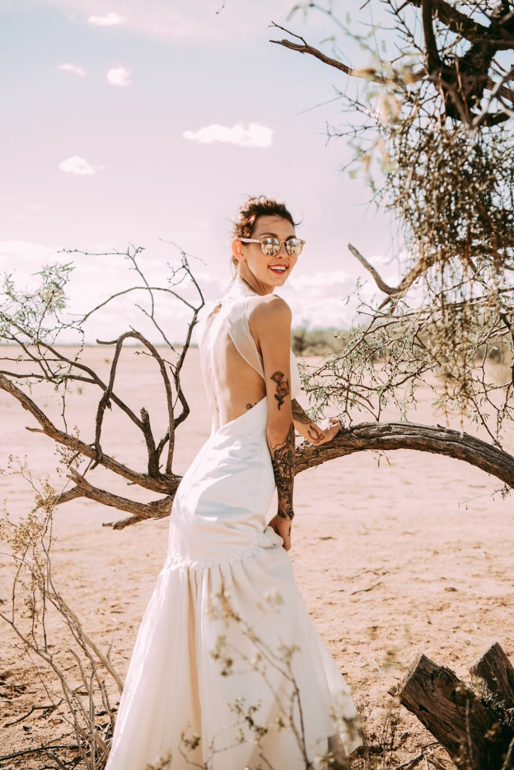 Three Things  Brides With Ink Must Look For When Choosing Her Dress