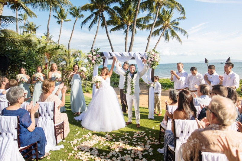 Just the name 'Sugar Beach' invokes thoughts of white sands nestled on the azure blue waters of the Pacific. Every wedding at Sugar