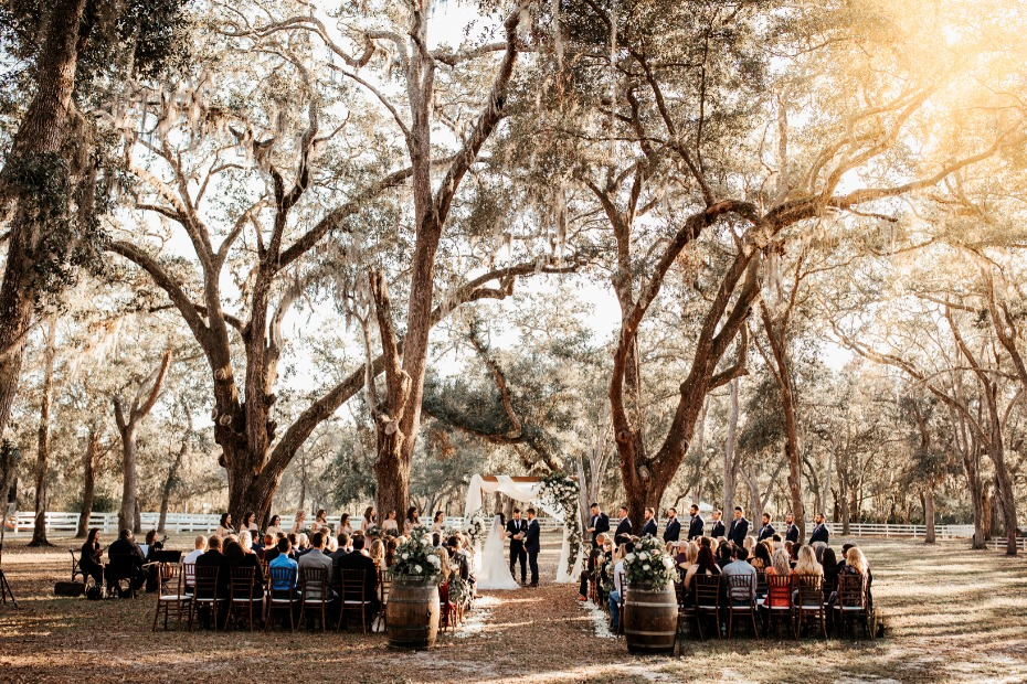Outdoor November wedding in Florida