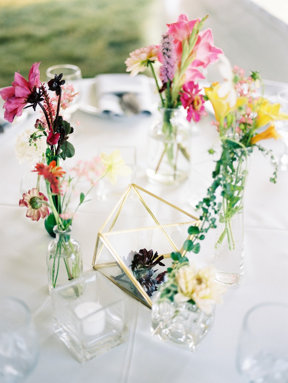 fresh floral wedding centerpiece