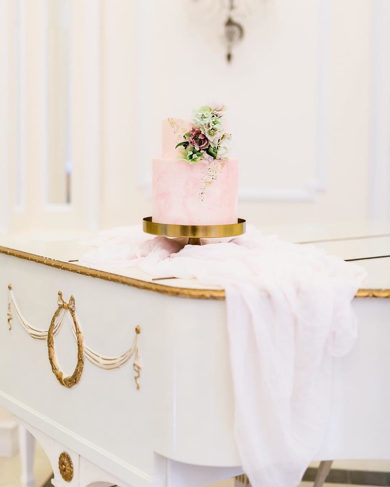 From our styled shoot Blossom of Sensations featured on @magnoliarouge