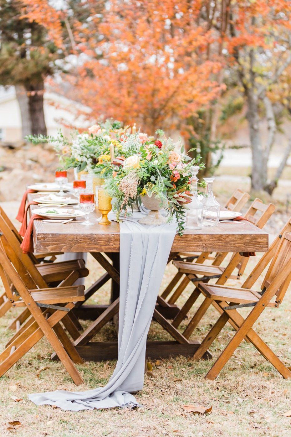 rustic fall wedding table decor