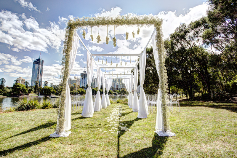 https://www.brisbaneweddingdecorators.com.au/package/dream-wedding-arbour/ The most gorgeous dream wedding arbour that converts from