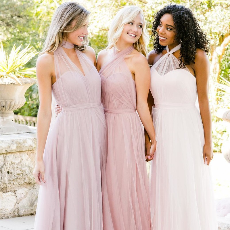 Unique looks for unique friends to help you tie the knot on your beautifully unique day.💕