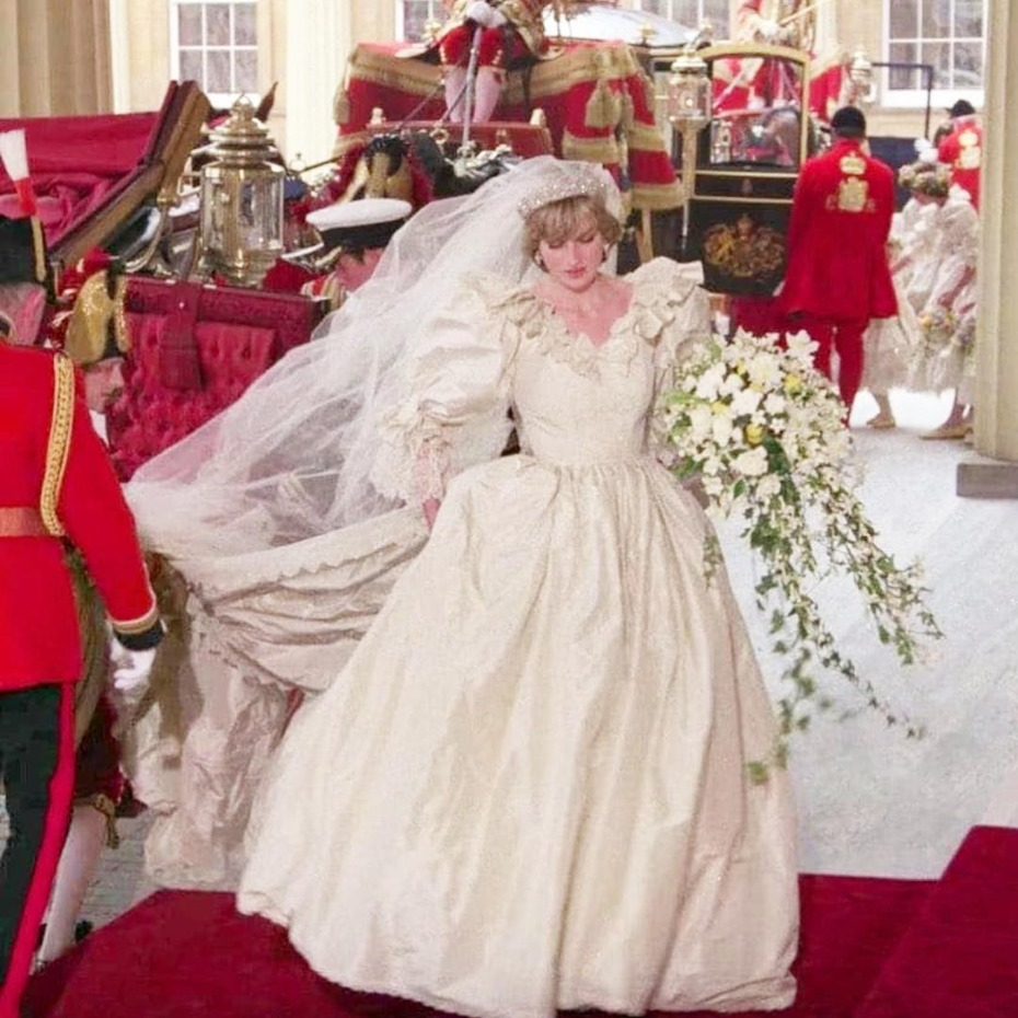 Princess Diana\'s Bridal Gown Designer Will Debut a New Line