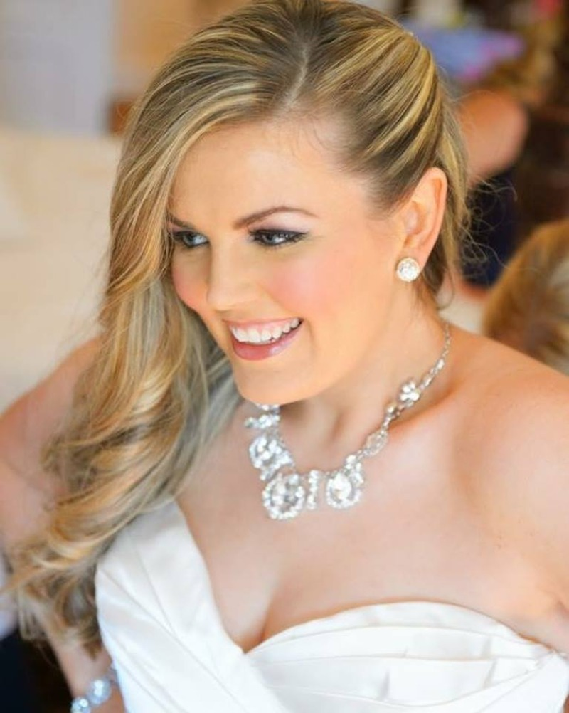 Melissa Scrofani Westchester Hair-Stylist can now be found styling brides all over NYC and the Hudson Valley as a highly recommended