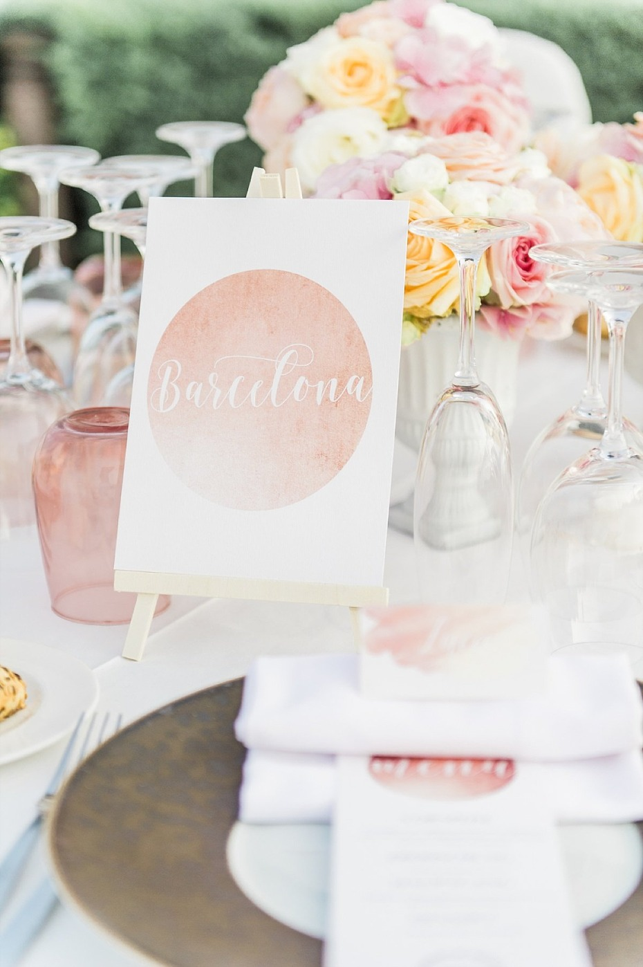 city named tables with pink and blush table decor