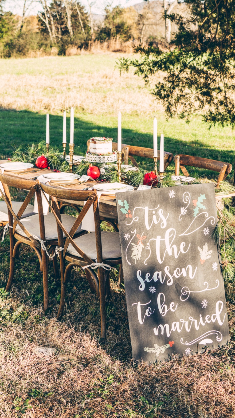 Trending How To Plan A Cozy Christmas Wedding Any Month Of The Year