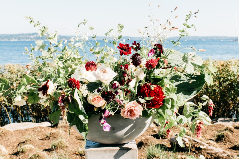 potted floral accents for your wedding day