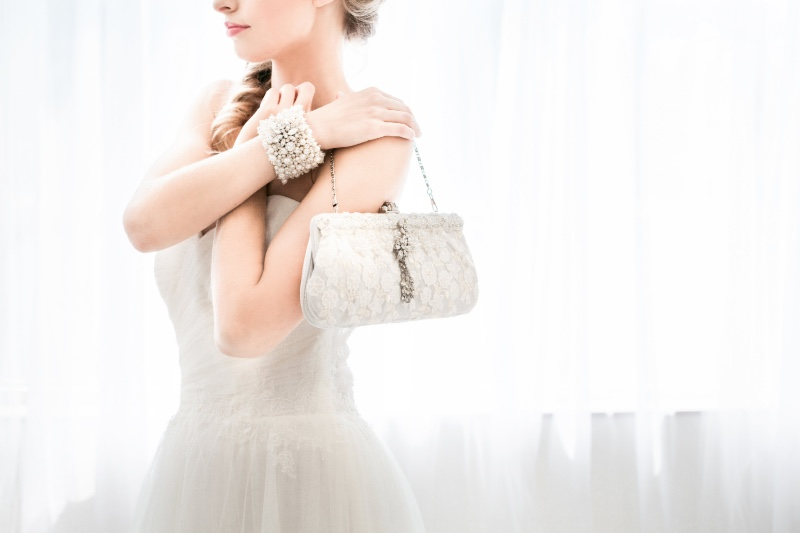 Bespoke bridal accessories with a touch of vintage glam.
