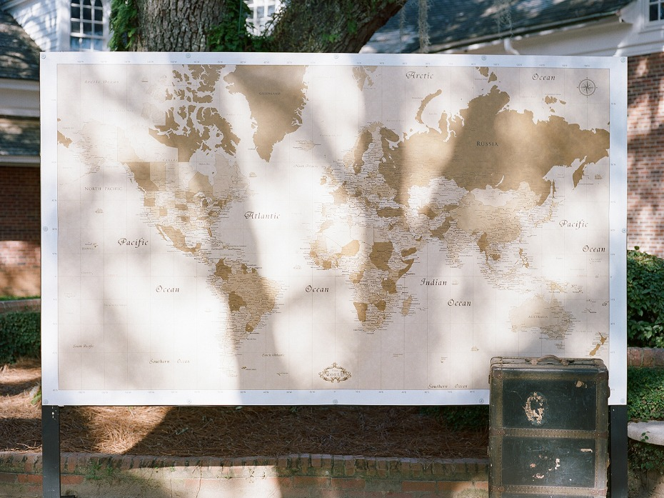 giant world map wedding guest book