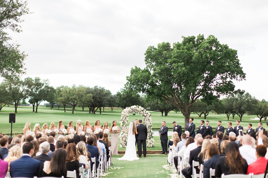 tying the knot on the Four Seasons Dallas golf course