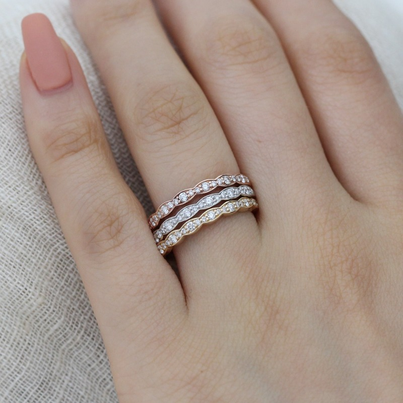 Shop this unique scalloped diamond wedding bands by La More Design in NYC