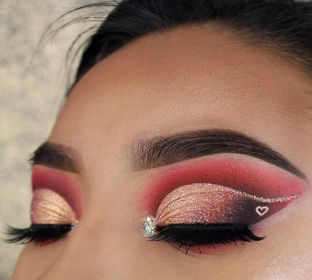Trending Valentine S Day Came Early Thanks To These Makeup Artists