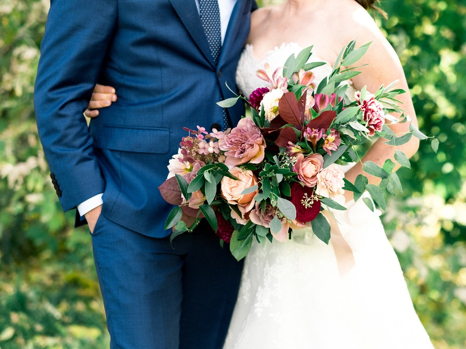 marsala inspired wedding bouquet