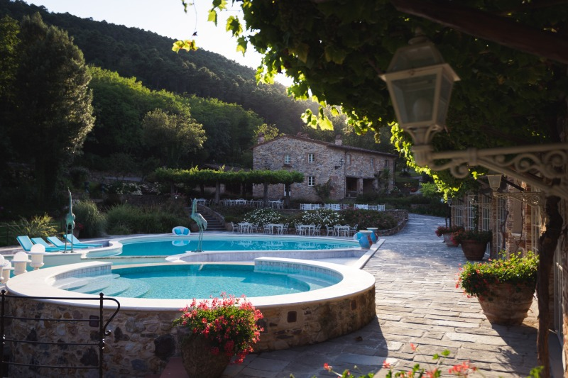 A gloriously sunny morning at Valle di Badia. The perfect location for your holidays, events and ceremonies 🥂💍💙