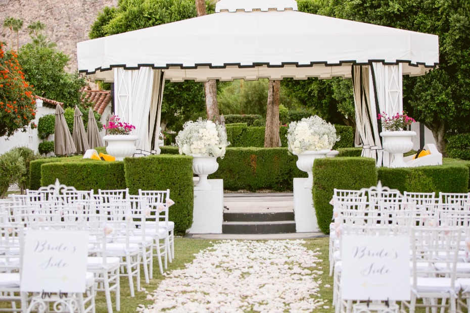 All white outdoor ceremony in Palm Springs