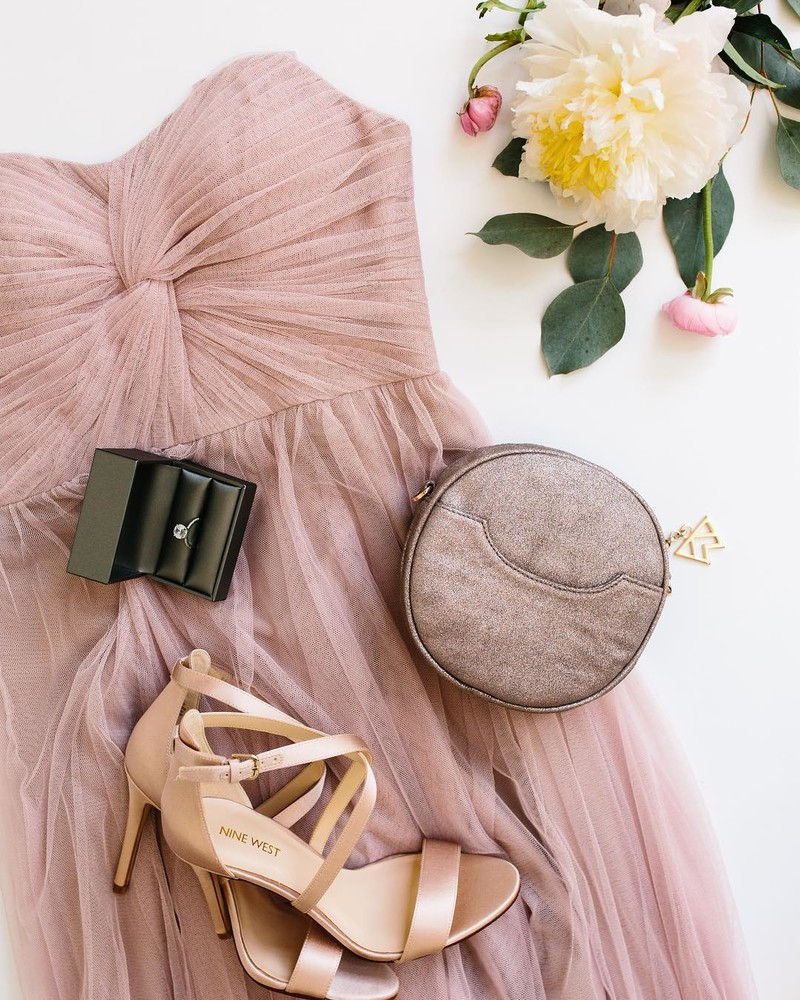 Pretty in pink tulle & perfect accessories.🎀 #ShopRevelry