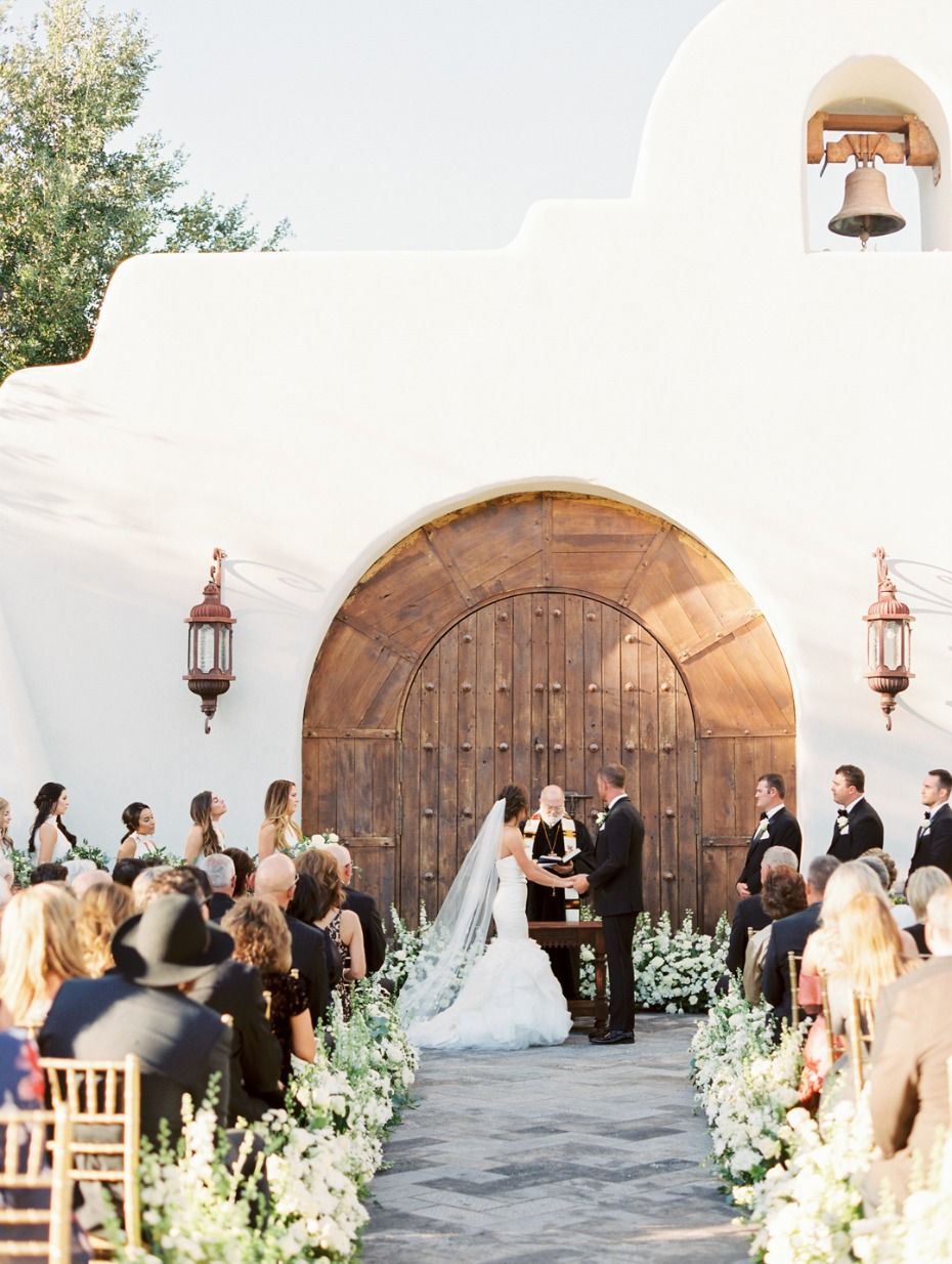 Beautiful ceremony at Tubac Golf Resort