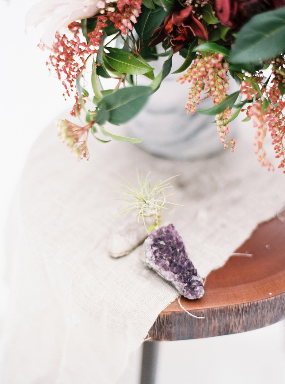raw geode wedding decor