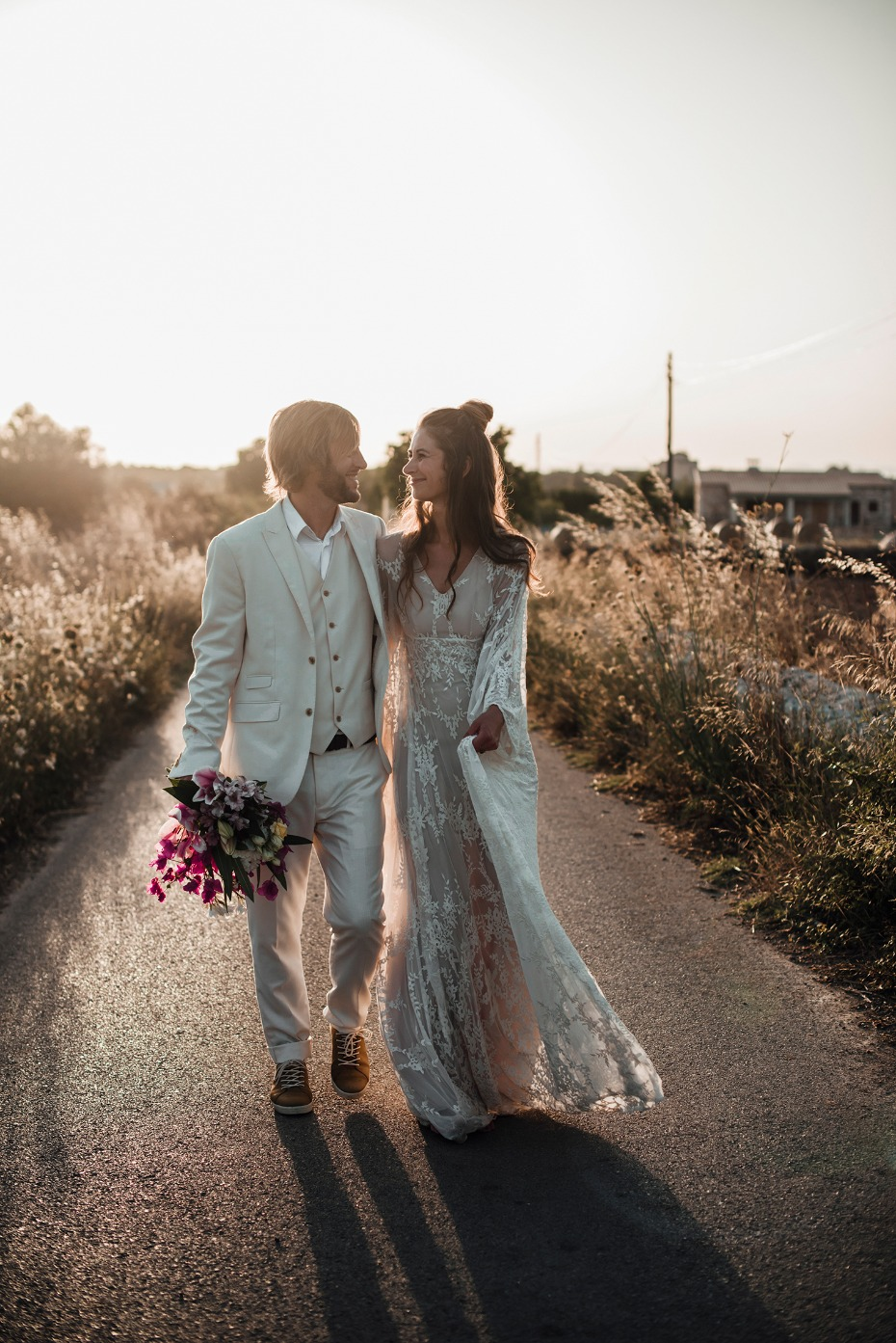 sweet sunset wedding photos