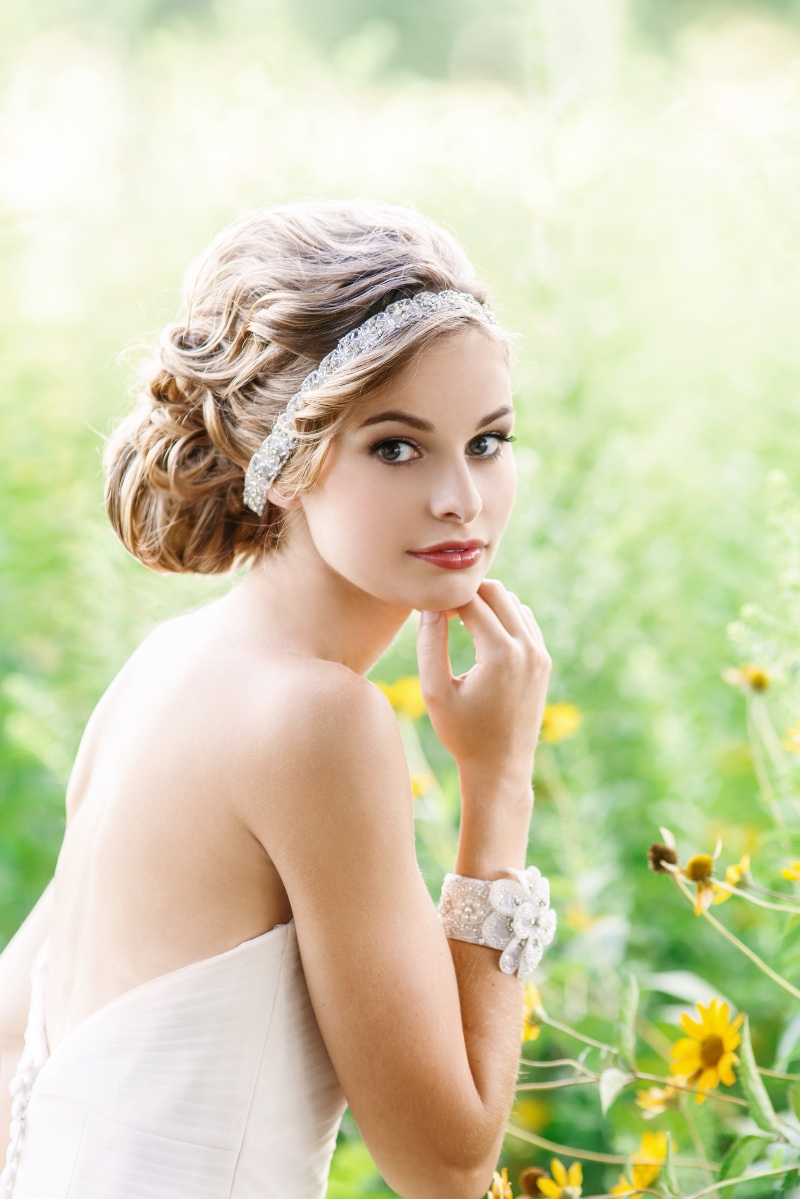 Bridal rhinestone headpiece that is simple yet chic.