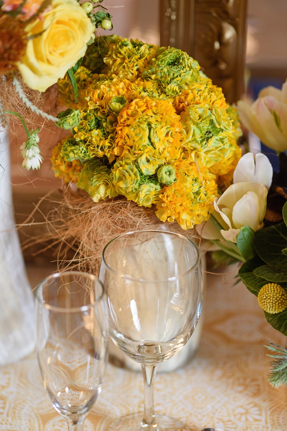 Bright yellow centerpiece idea