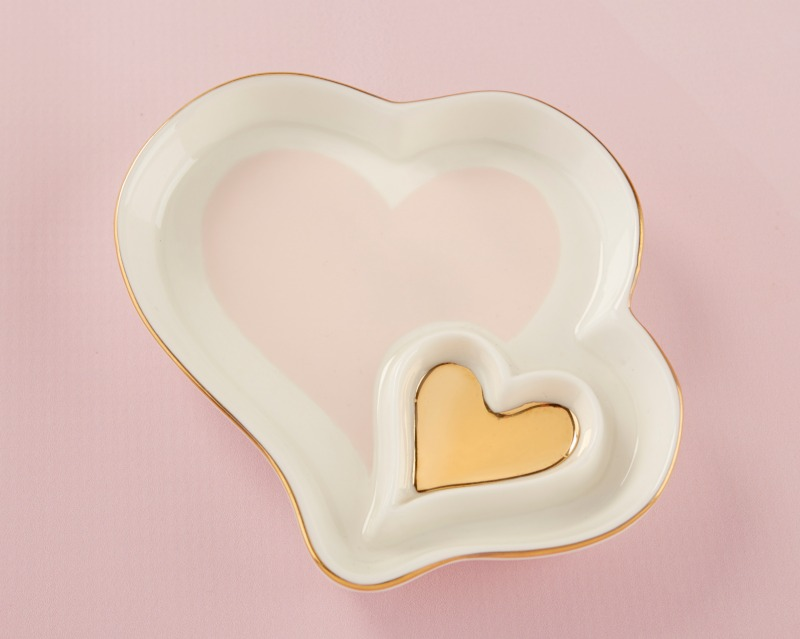 Our Double Heart Trinket Dish favor is the perfect way to spread the love at your wedding or bridal shower. Perfect for celebration