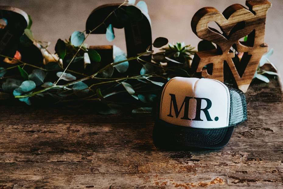 Mr. and Mrs. hats for the exit