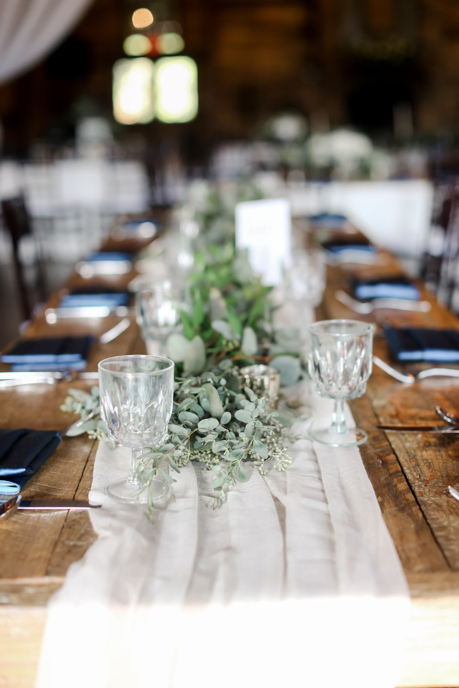 tulle and greenery garland wedding centerpiece