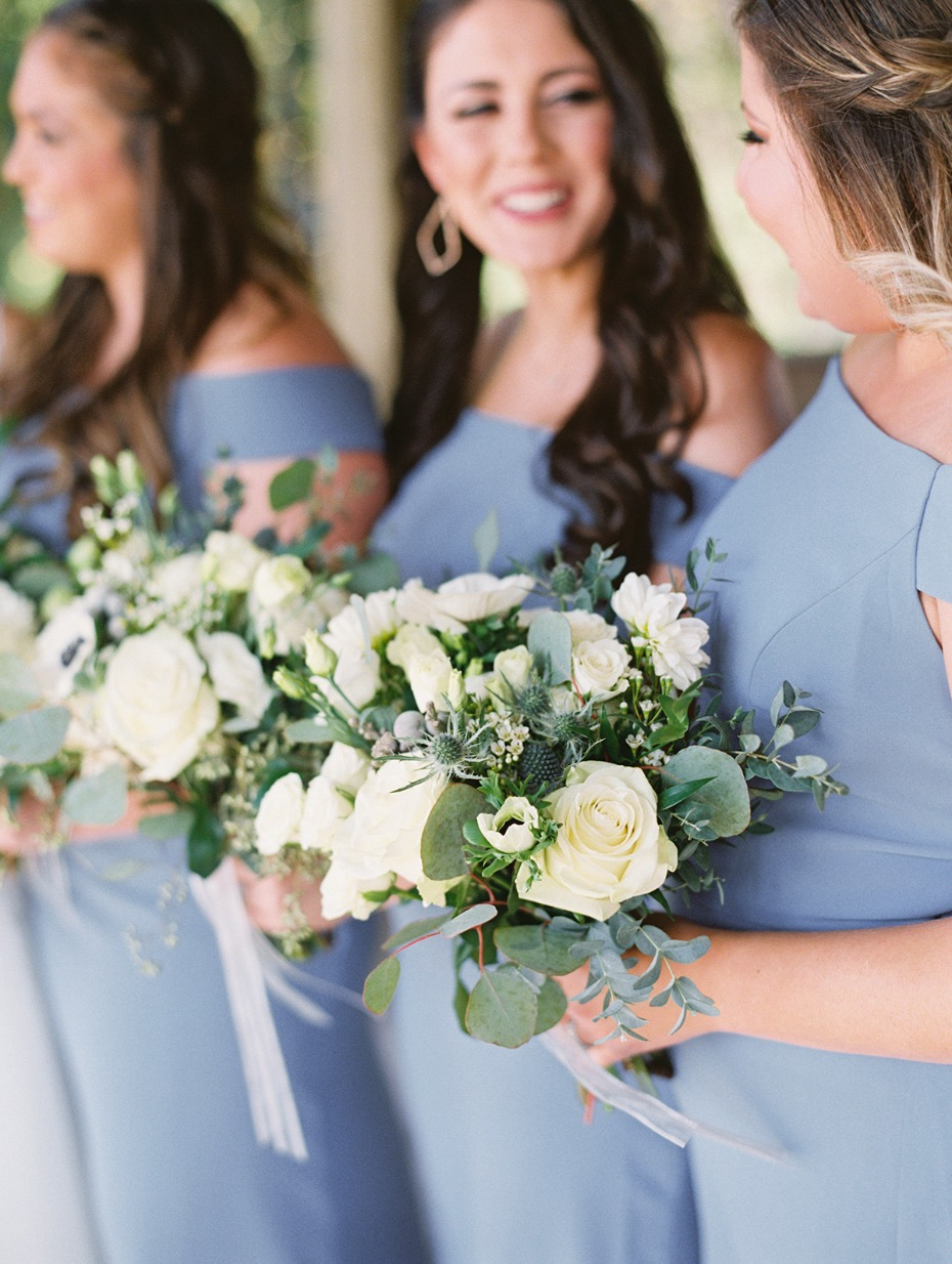 dusty blue and ivory wedding bouquets