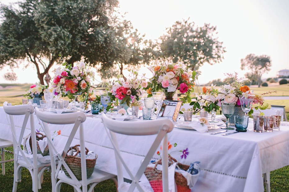 Clean bohemian tablescape