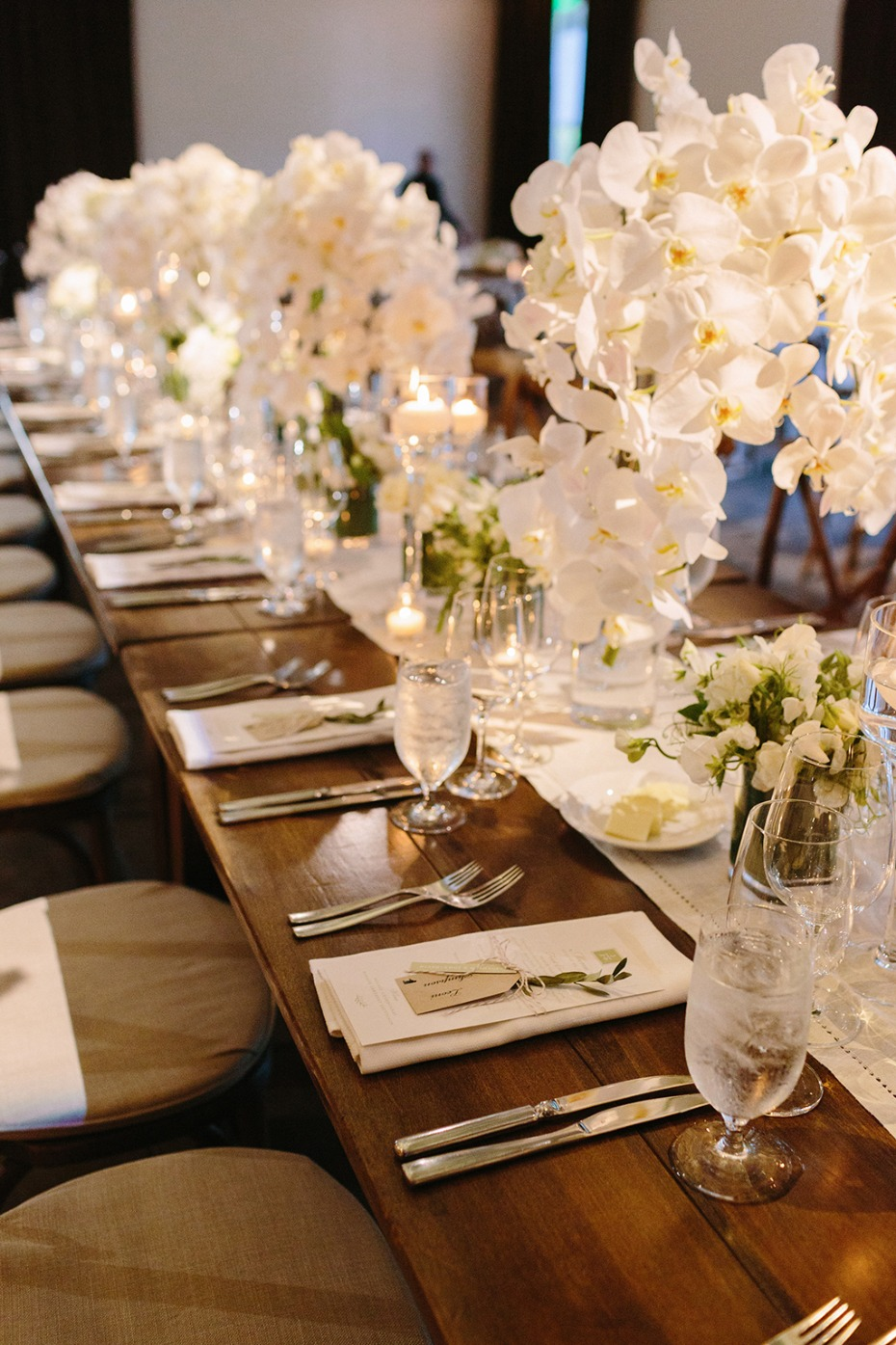 elegant and glamorous wedding table decor