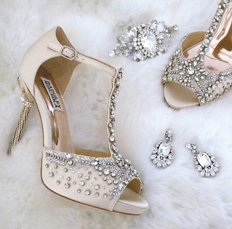 Calling all Bling Queens! Our newest shoe arrivals from Badgley Mischka are for you. Pair them with fantastic jewelry from Cheryl