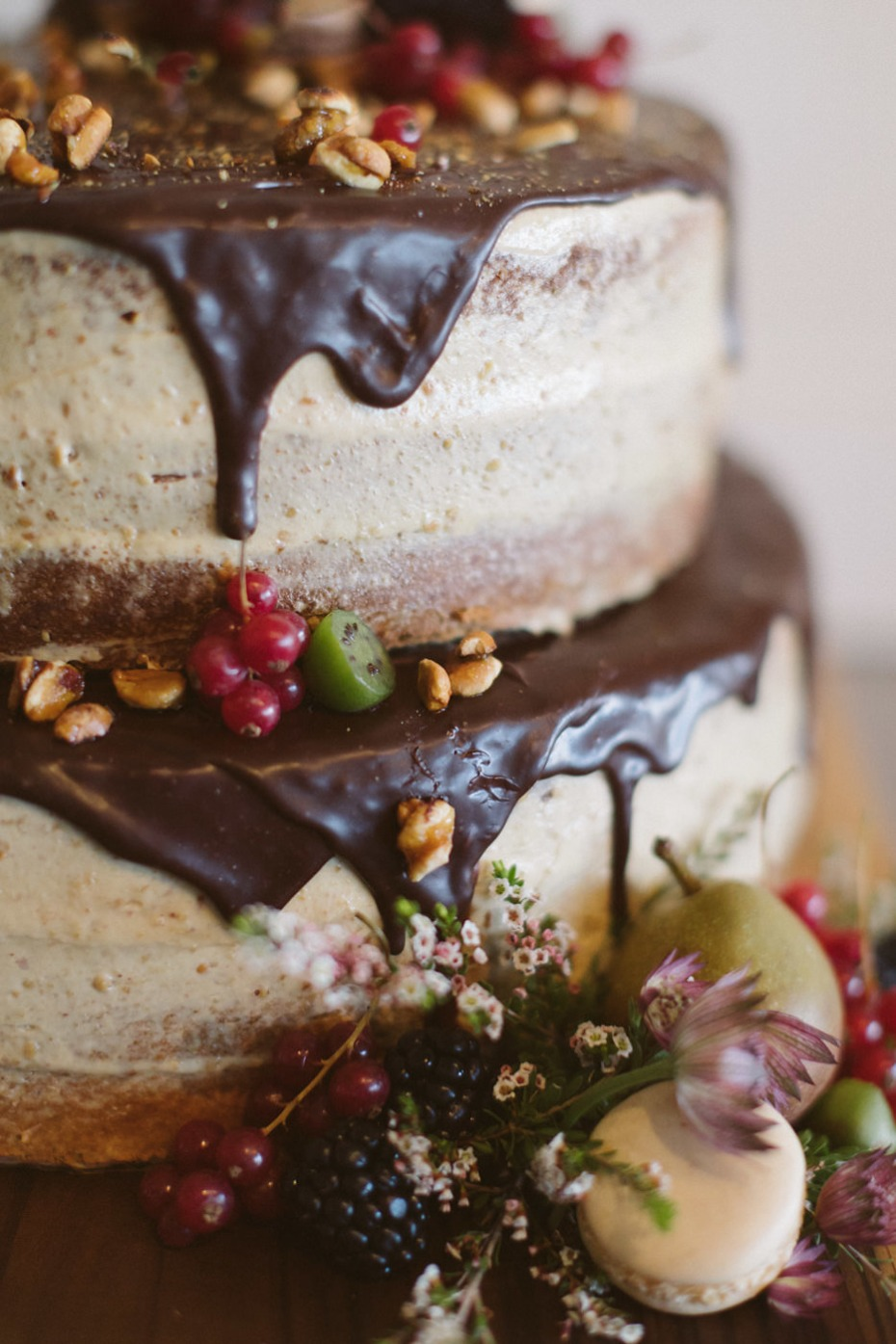 natural inspired wedding cake