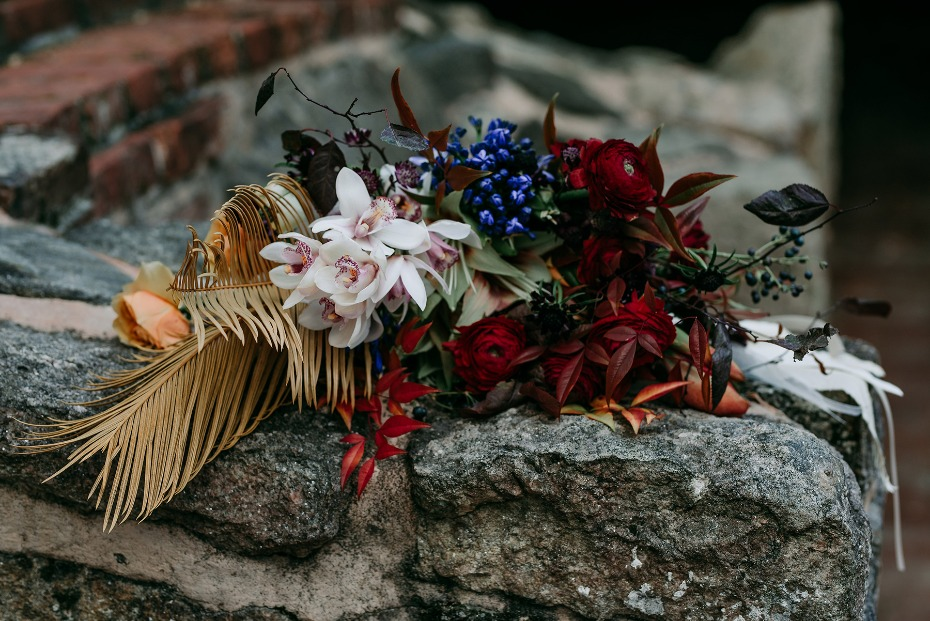 late fall inspired wedding bouquet