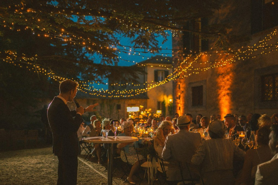 5 tips for planning your own destination wedding in Tuscany.