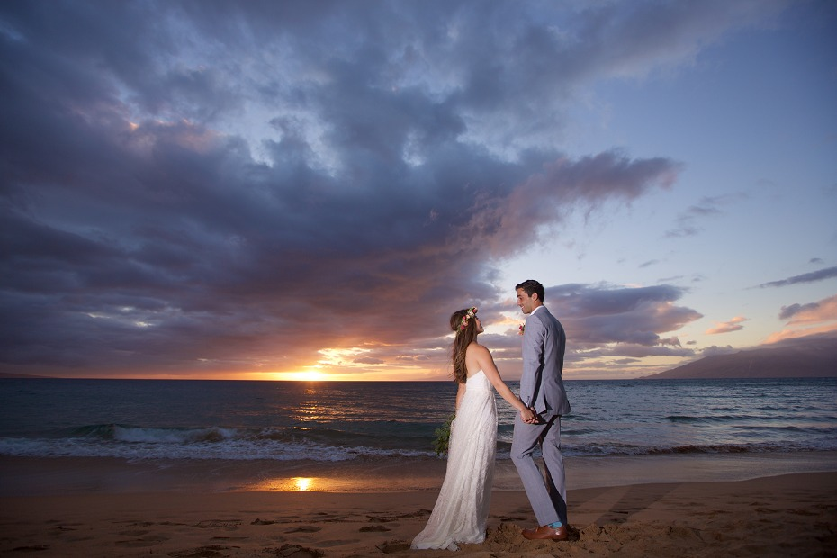 hawaiian wedding sunset